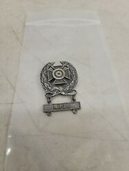 Wwii Sharpshooter Pin With 1k Rifle Qualification Bar