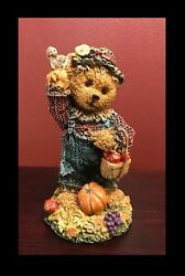 K#x27;S COLLECTION RESIN FIGURINES FANCY BEARS HARVEST TIME SWEATER amp; PUMPKIN