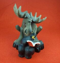 Big Sky Carvers - Bearfoots Jeff Fleming Moose And Bear Reading A Book Retired