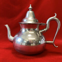 Woodbury Pewter Teapot, Pear Shape Teapot, The Henry Ford Museum Collection