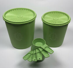 Vintage - 2 Tupperware Canisters And 6 Pc. Measuring Cup Set Green 807-4 809-5