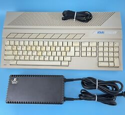 Atari 520 St 520st Vintage Keyboard Computer Clean Cord For Parts Only Powers On