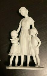 Kaiser Of Germany Mother With Children White Porcelain Figurine 808 Gawantka