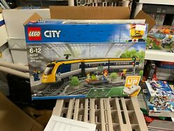 Lego City Passenger Train 60197 Building Kit 677 Pieces New In Distress Box