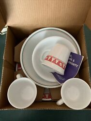 Corelle By Corning Winter Festival 15 Piece Christmas Dishes Usa