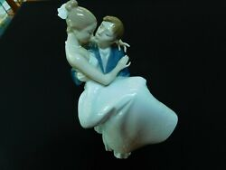 Lladro The Happiest Day Figurine In Box. Wedding Rememberance.