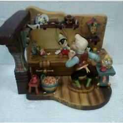 Disney Wdcc Pinocchio Grandpa Geppettoand039s Workroom Figure Limited