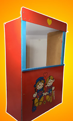 Veb Wooden Toys | Germany | Puppet Theater | 26.5 X 43 X 12 | Vintage Find