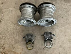 Pair Of Wheels Disks And Brakes Aircraft Had 1000 Hr From New