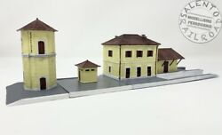 Srn _001 Station Rail Italian With Bathroom And Tower Water - Scale N