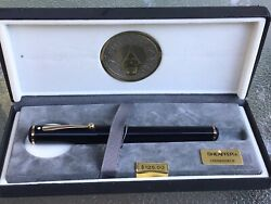 Nearly Perfect Vintage Sheaffer Connaisseur Fountain Pen With 18k Gold Nib