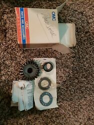 390970 New Genuine Oem Johnson Evinrude Outboard Gear And Bearing