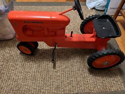 Allis Chalmers Ertl Model Wd-45 Pedal Tractor