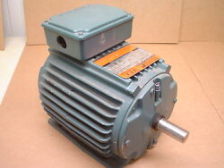 Reliance Electric P14g7505p Xex 1hp 3-phase 1725rpm Duty Master Ac Motor
