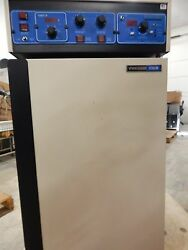 Vwr Sheldon Manufacturing 1810r Water Jacketed Co2 Laboratory Incubator
