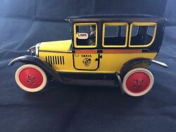 Reproduction Juguete Paya 1930 Taxi Car Wind Up Tin Toy W/driver
