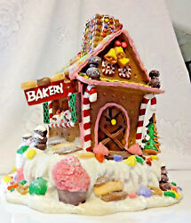 Vtg Christmas Decor Gingerbread Cookie Candy Lighted House Bakery Village Valley