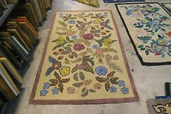 Antique American Primitive Hand Made Wool On Burlap Jute Hooked Rug 3and0396 X 6and039
