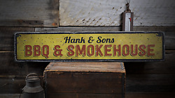Bbq And Smokehouse Family Bbq Barbeque - Rustic Distressed Wood Sign