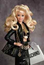 Designer Moschino Barbie Doll With Necklace Earrings Bag T-shirt Giftset
