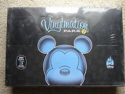 Disney Vinylmation Park Series 2 Case - 24 Factory Sealed Box Tray W/chaser