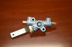 Rear Air Suspension Valve For Mercedes W112 Early Style