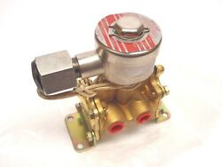 Asco Red-hat Np8316a57v 3-way 250dc Solenoid Valve 17.4w 3/8 Inch Pipe