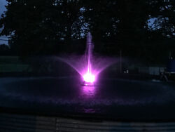 1/2 Hp Pond Fountain For Lake Aeration - With Light Kit Options