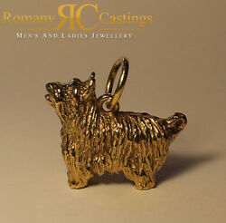 Large Heavy Scottish Terrier Pendant cast in 9ct Gold Fully Stamped 27grams