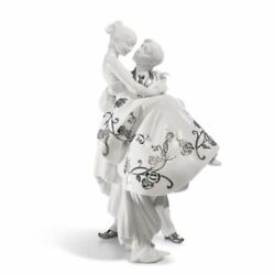 Lladro The Happiest Day Couple. Figurine. Silver Luster 01007055