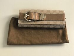 Authentic Gucci Romy beige bronze clutch canvas leather $275.00