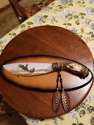 Nice Eagle Collectors Knife with Display