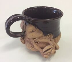 Charlestowne Porcelaine Pottery Cup/mug With Frog And Lily Pad