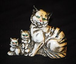 Old Vintage Green Eyed Cat w Kittens Sitting Figurine Ceramic Red Marked Japan