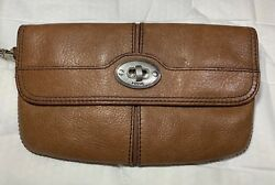 Fossil Maddox Chestnut Brown Leather Fold Over Clutch Wristlet Wallet