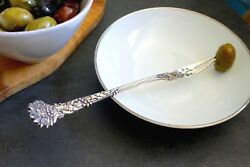 1895 And Co. Antique Holly Sterling Silver Pierced Olive/pickle Fork 7