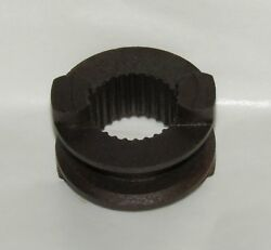 New Omc Outboard Marine Corp Boat Clutch Dog Shifter Part No. 305315