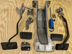 Mustang Shelby Gt350 Brake And Clutch Pedal Assembly New Car Takeoff 64 65 66 Mint