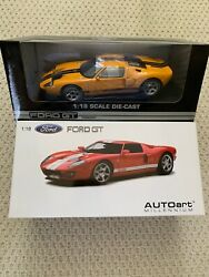 DIECAST 118 LOT OF 2 CARS FORD GT AUTOART CONCEPT FORD GT
