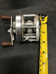 Shimano Bantam Silver 100 Colored Fishing Reel Designed For Professionals