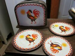 Vintage Tin Rooster Toy Toaster With 3 Matching Plates Excellent Vintage Condit