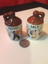 """Vintage Miniature """"whiskey Jugs"""" Salt/pepper Shakers/ Nice Condition A-1"""