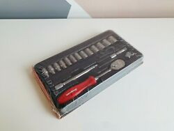 *NEW* Snap On 17-pc 1/4