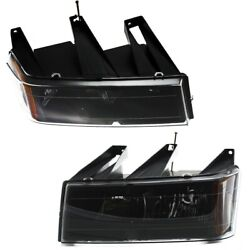20766570, 20766569 Gm2503234, Gm2502234 Headlight Lamp Left-and-right For Chevy