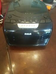 Rca Am/fm Cd Clock Radio Rare Vintage Collectible Used In Excellent Shape