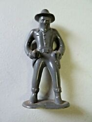 Vtg. Bandit From Hopalong Cassidy Double Drawn Six Shooters Plastic Toy Figure