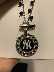 Danbury Mint Ny Yankees Necklace Brand New In Box
