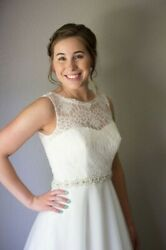 Wedding Gown White Size 4 Bride 5andrsquo3andrdquo Cleaned And Pressed After 1x Use.andnbsp