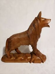 Antique Hand Carved Wooden Dog Finely Carved Alaskan Husky Approx 16 T And 16 L