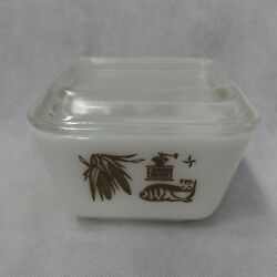 Pyrex Early American Refrigerator Dish With Lid 501 Nice